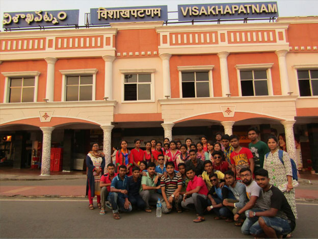Group-photo-of-Third-year-students-at-Vizag